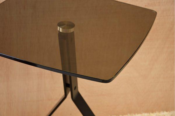 Mesa Auxiliar Metal e Vidro - Pequeno Mobiliário - Decor Império